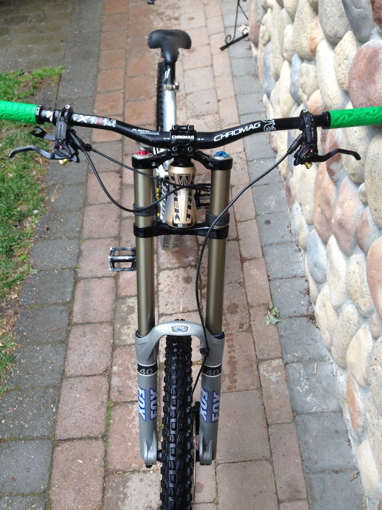 2009 Trek Session 88 great condition