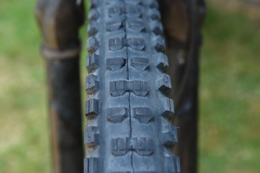 Bontrager SE5 tire review