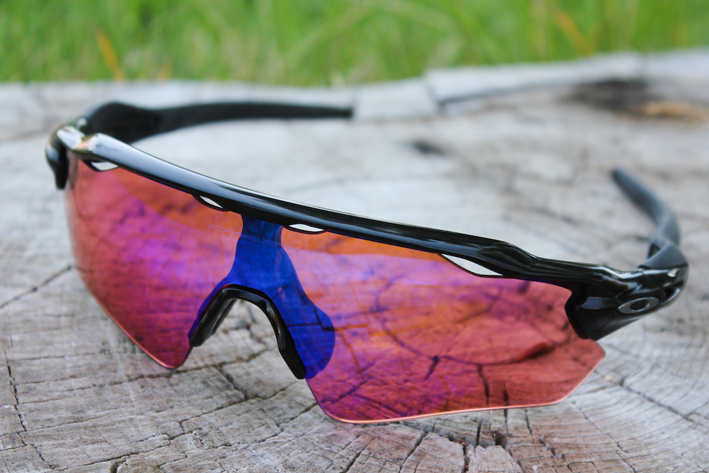 a67ac4d82bde2 Oakley Radar EV Path Sunglasses - Review - Pinkbike