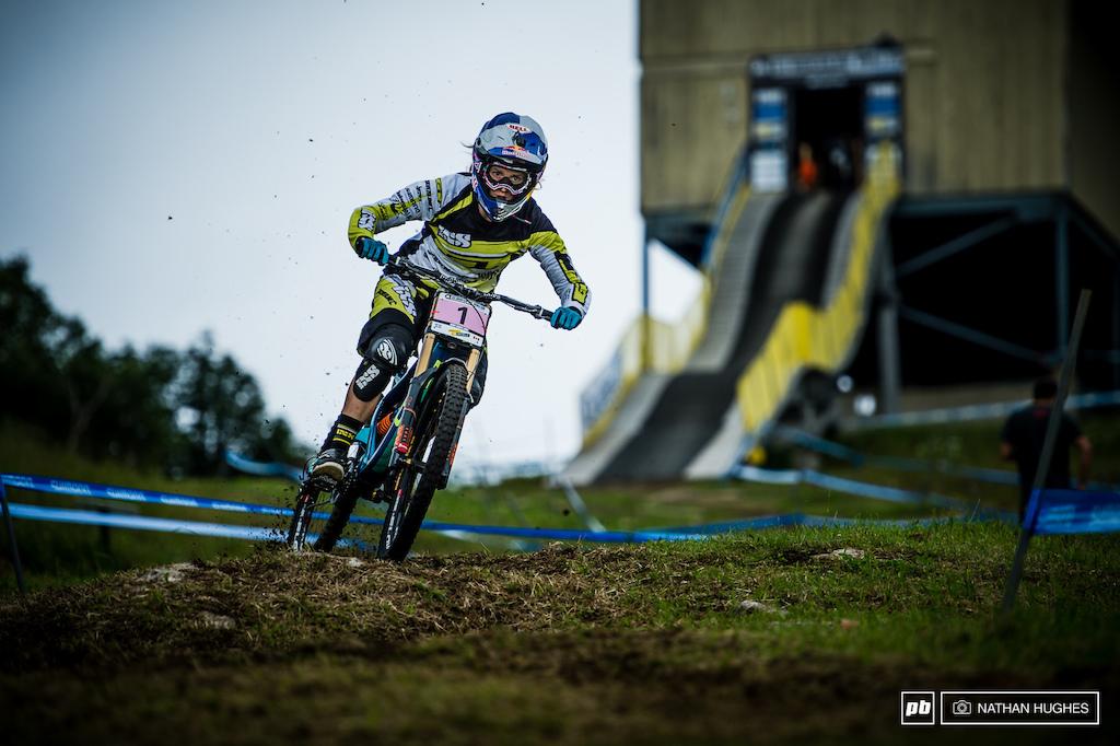 Numero uno Rachel Atherton has 4.51 seconds to play with on the rest of the field.
