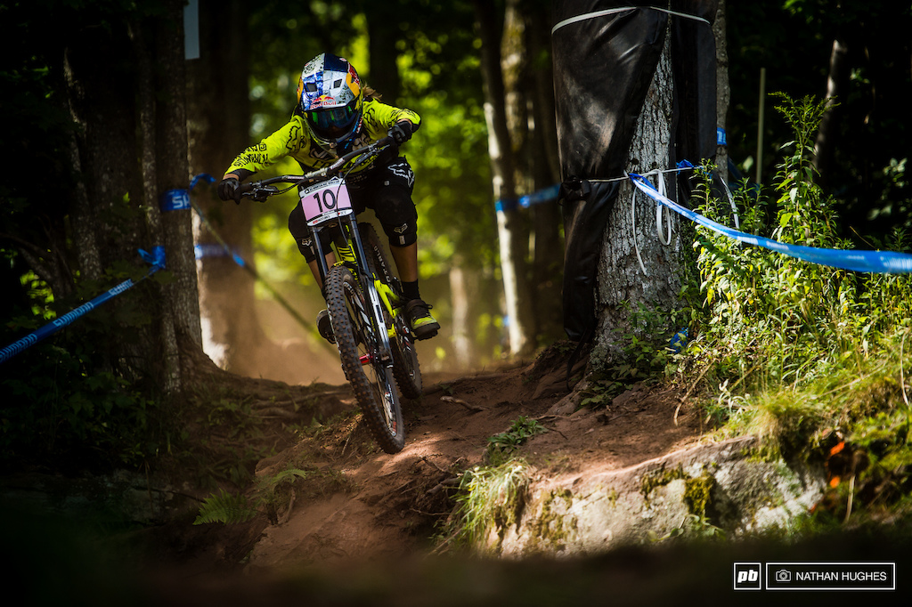 Myriam looks awesome on track right now reveling in the dusty conditions and reminding us how great she was riding coming into the season at round 1 in Lourdes.
