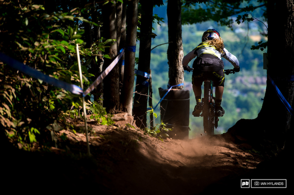 Rachel Atherton looking good in practice this morning. She went on to take the overall womens title today with her 1st place finish in qualifying.