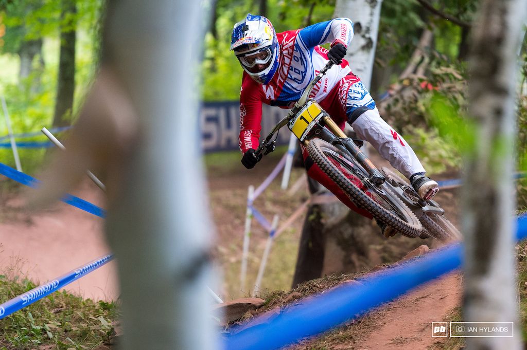 Aaron Gwin put 2.2 seconds into 2nd place Loic Bruni today in qualifying, can he do it again tomorrow?