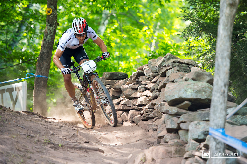 Dust was a huge part of the racing here at Windham. Nino Schurter out in front and away from the dust...
