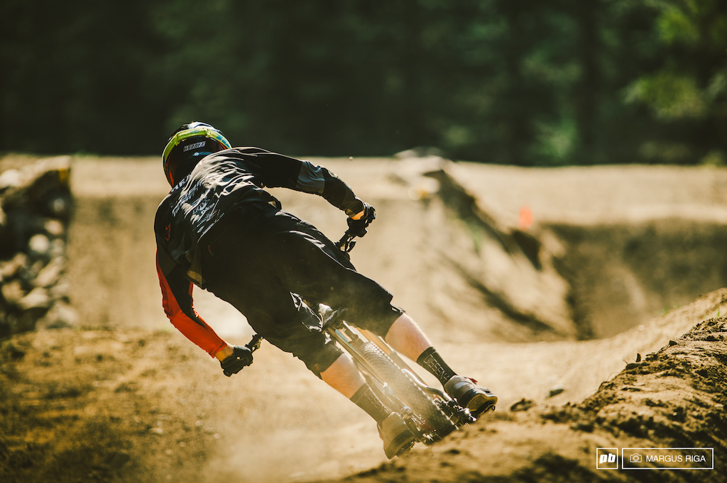 Harry Heath putting all that training to the test today at the Air DH. Third for the day. Keep doing what you re doing...it seems to be working.