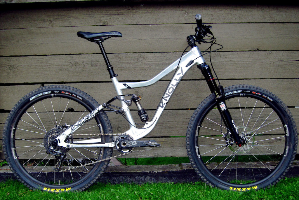 Knolly Endorphin with Industry Nine Trail S wheels 2015