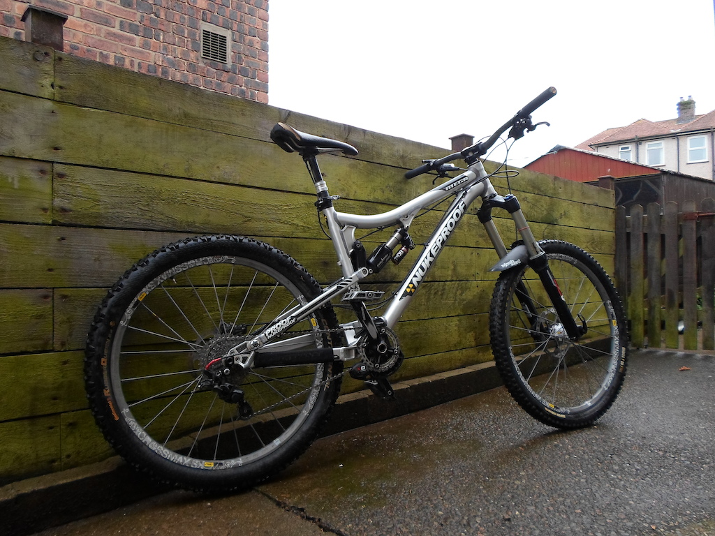 2012 Top Spec Nukeproof Mega