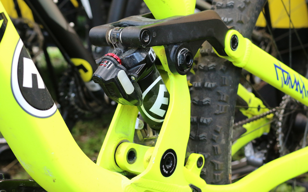 Magura Vyron eLECT wireless electronic seat post