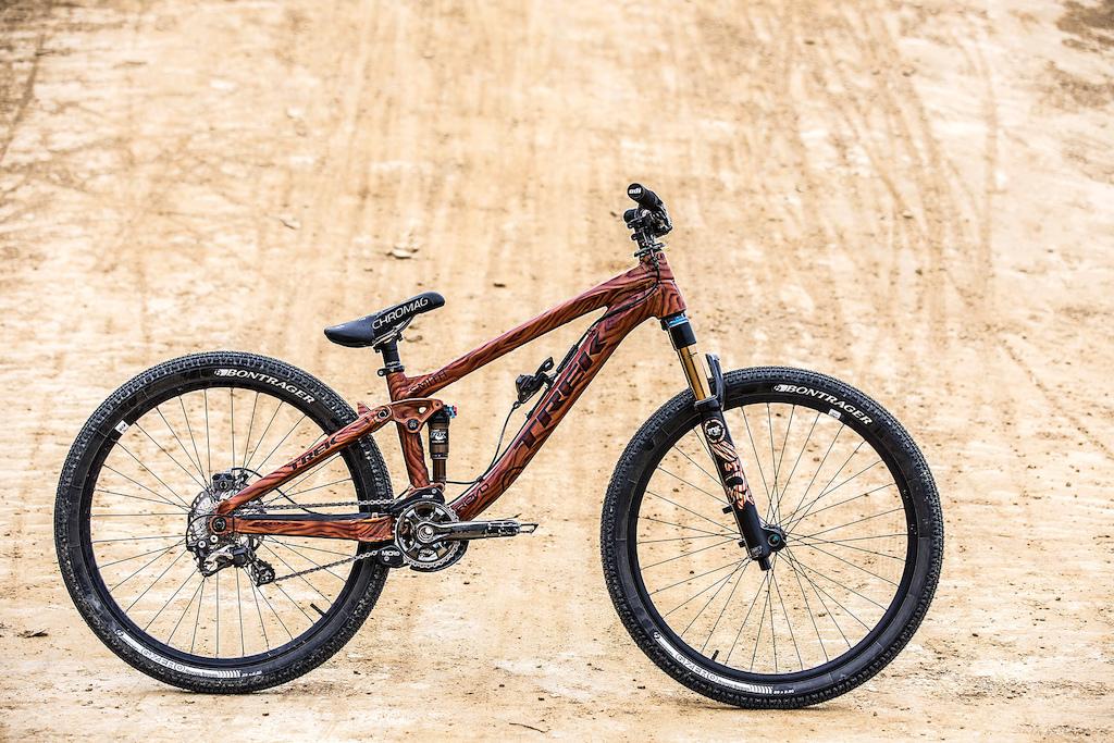 "Frame: Trek Ticket S /  Fork: Fox 36 831 (100mm) /   Shock: Fox Float CTD /  Cranks: Shimano XTR 165mm /  Pedals: Chromag /  Chain: Shimano XTR 10 Speed /  Derailleur: Shimano Saint /  Cassette: Shimano Ultegra 11-23 /  Shifter: Shimano Saint i-Spec to frame /  Handlebar: Bontrager Rhythm Pro Carbon 29"" /  Stem: Bontrager Prototype /   Grips: ODI Longneck /  Brake lever: Odyssey dual-pull /   Brake calliper: Shimano CX75 Mechanical Caliper /  Gyro: 34R /  Rotors: Shimano XTR Center Lock 160mm /  Rims: Bontrager /  Hubs: Shimano XTR Center Lock /  Tires: Bontrager"