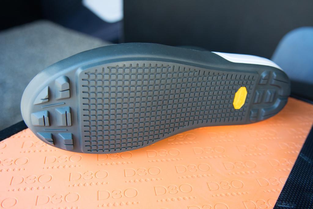 Flat Foot Waterproof Cycling Shoes