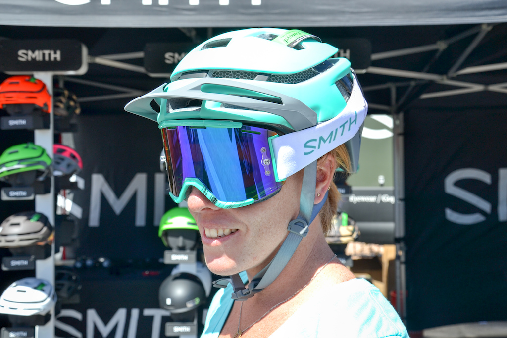 Mal Burd models the SMith forefront helmet in Matt Opal with the Squad goggles.