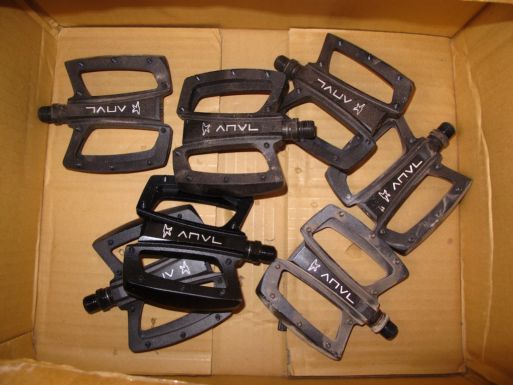 Looking to test a bike You ll need pedals. The Transition booth was being held down by a box of Anvils if you showed up wearing flat shoes.