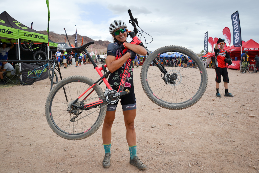 5d2e04574ee Ladies Out to Ride - Interbike 2015 - Pinkbike 2016 cannondale habit  women's 1