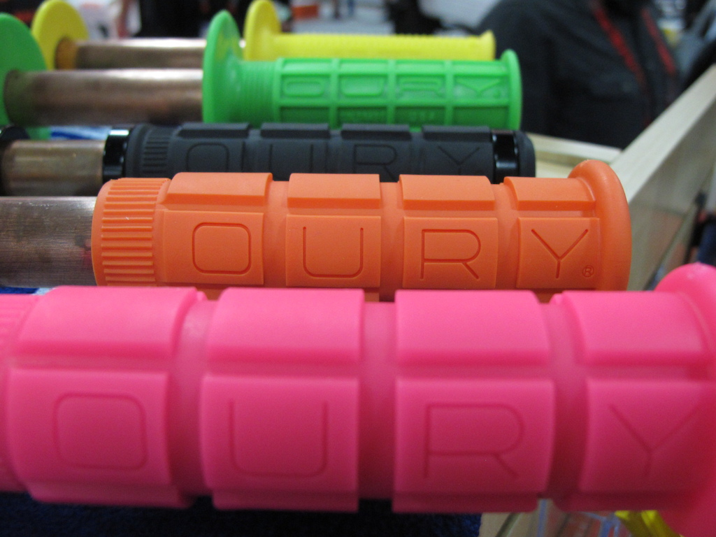 Tried tested and true. The Oury grip remains a favourite amongst riders all over the world.
