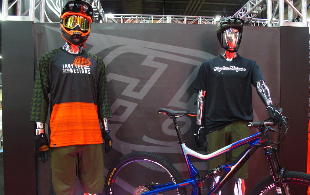Fresh looks for the enduro trail riding crowd from Troy Lee Designs.