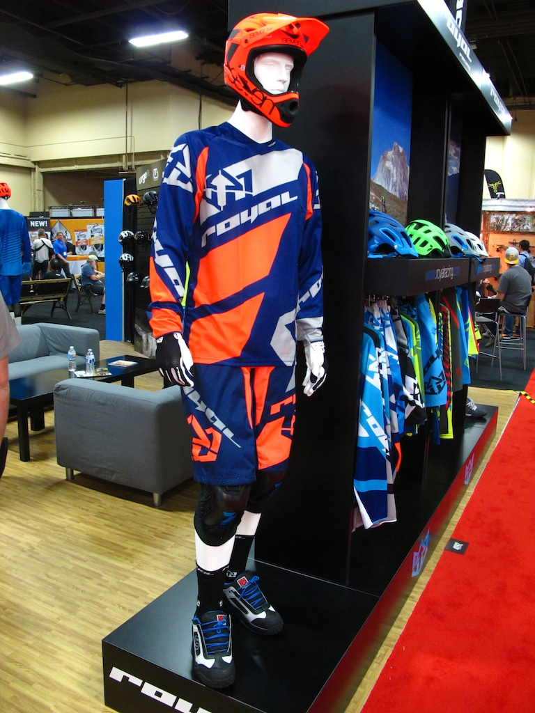 Royal s fresh DH kit is ready for park laps.