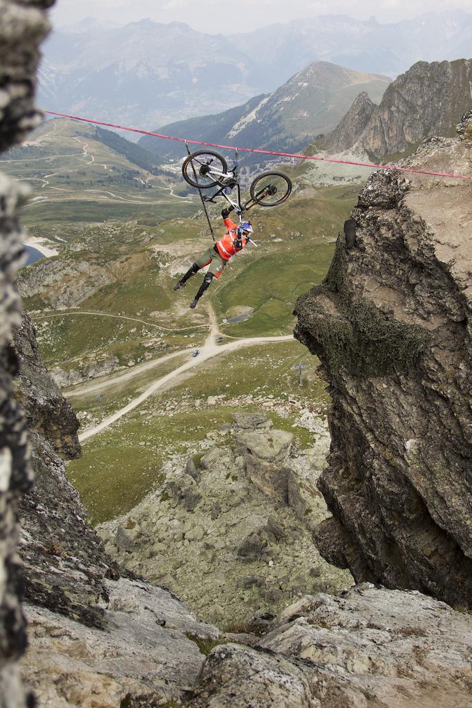 Kenny Belaey rides a slickline with his bike La Roche Fendue France. Photo Nathan Polis
