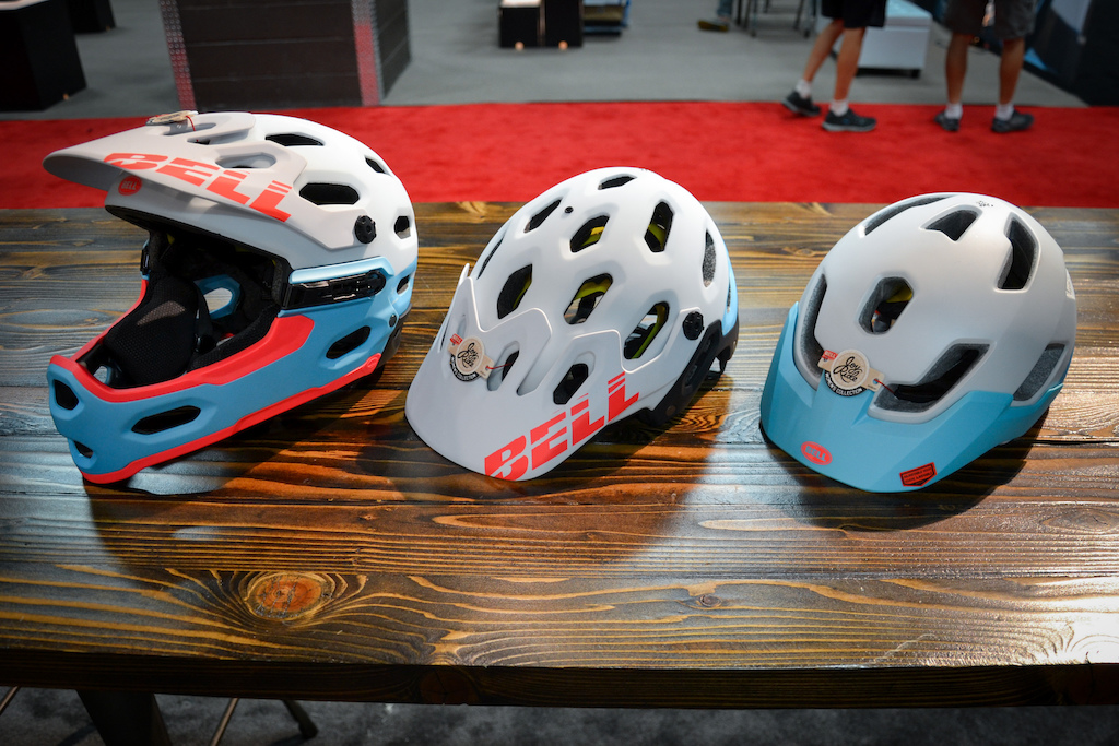 Last year Bell Helmets Executive Vice President Jessica Klodnicki had no other ladies to mountain bike with. She was a new rider who had just taken a skills clinic and when she one day saw another girl from the clinic at the local trail zone she grabbed her and they started riding together. What started out as two girls riding together grew to three then to 12 up to 70 in three months nad became an official monthly ride called Girls Rock . Jessica and Bell want to offer Five women from Five different cities around the USA to start their own women s ride group initiative and will fund and train the right candidates for the job. They re calling the program JOy Ride and they ve just release a new women s specific helmet line to coincide with the event.