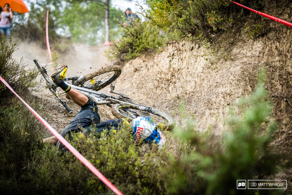 As the rain started to fall the loose dust at the bottom of stage eight turned into greasy clay. Even a rider as experienced as Matti Lehikoinen couldn't read the conditions and found himself thrown out the front door.