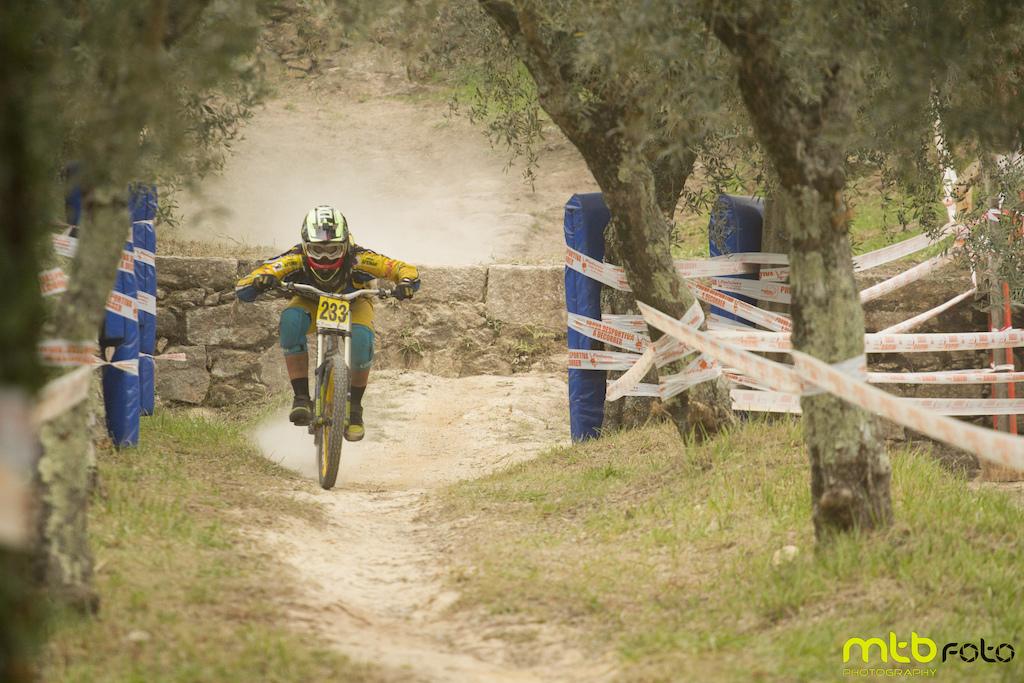 Trilho:Mujaes 2015 Rider:
