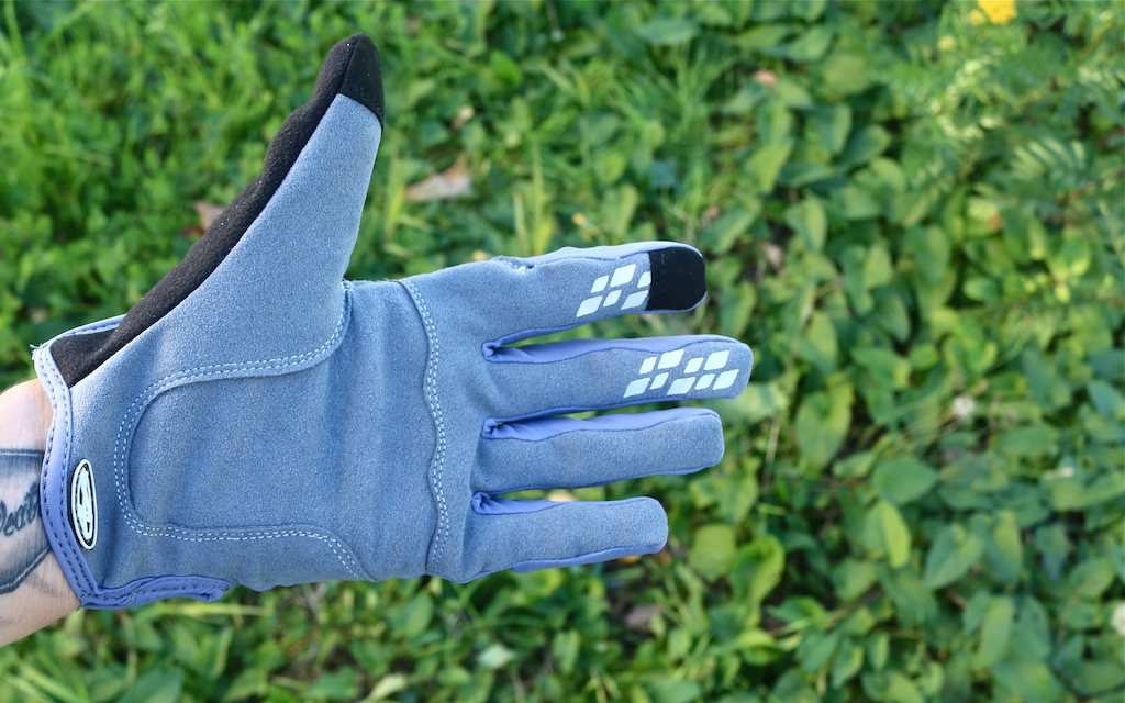 Check Out - October Answer Big Jon Gloves