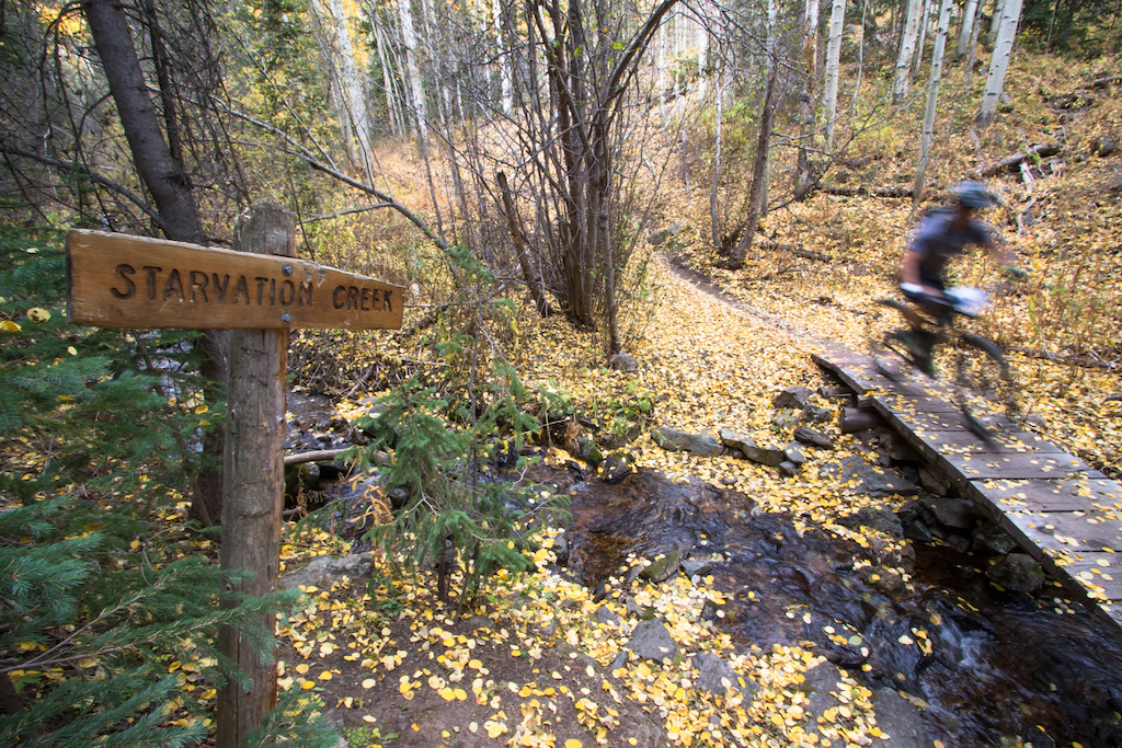 In the beginning of the race the first few creek crossing where not a problem. Starvation Creek.. Wonder where it gets its name.