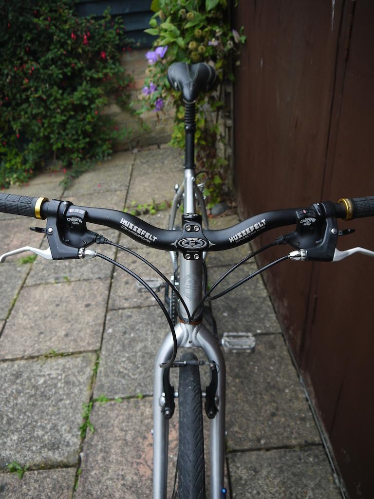 Marin Novato Hybrid Bike. Upgraded parts - Hope, Easton, Truvativ, Titanium.