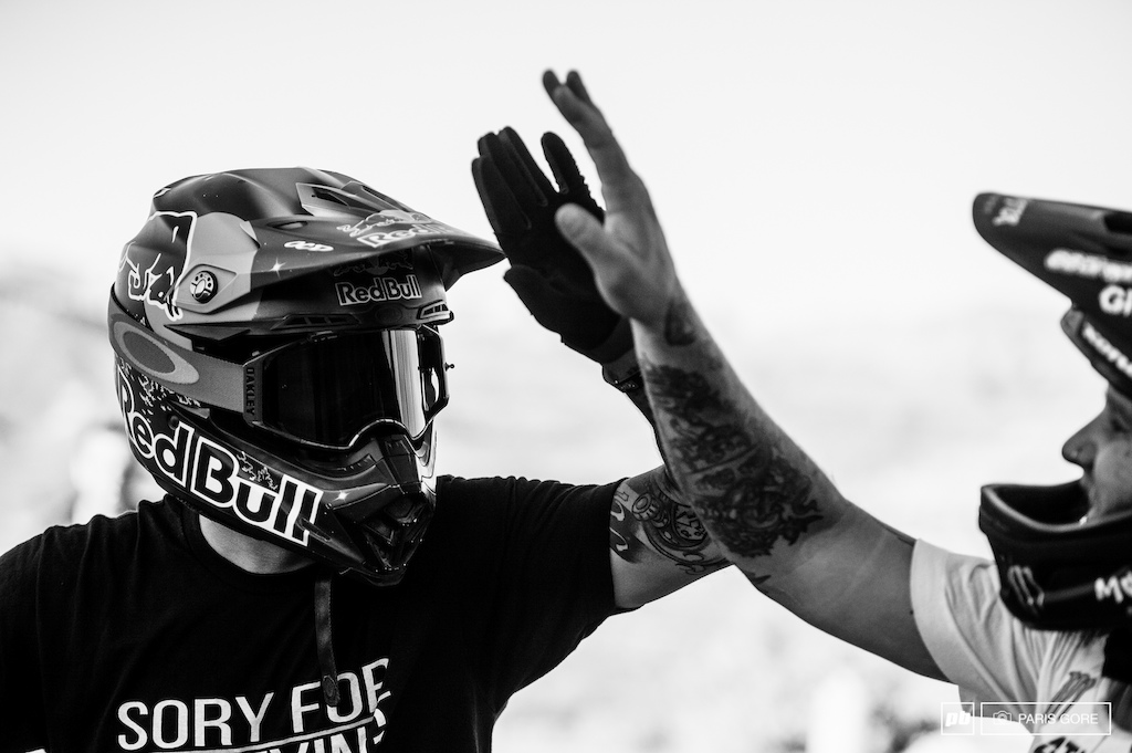 High fives all around for Andreu s 450