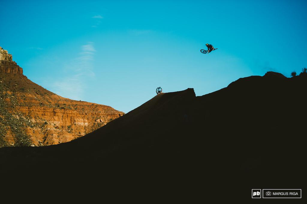 Kurt Sorge sailing over the ridge hip.