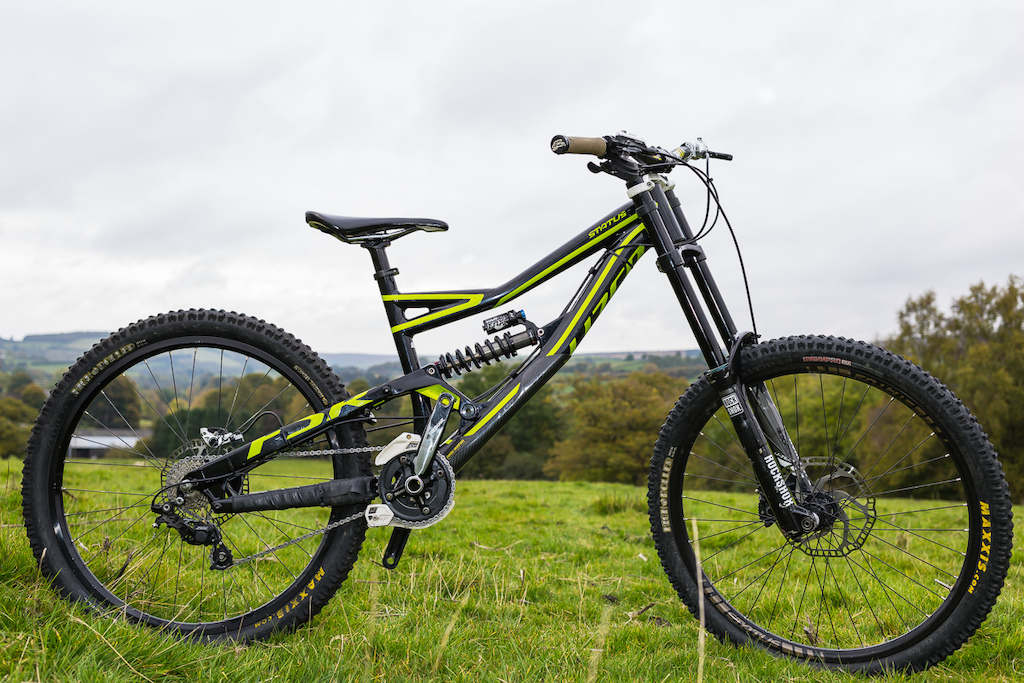 2015 Specialized Status II