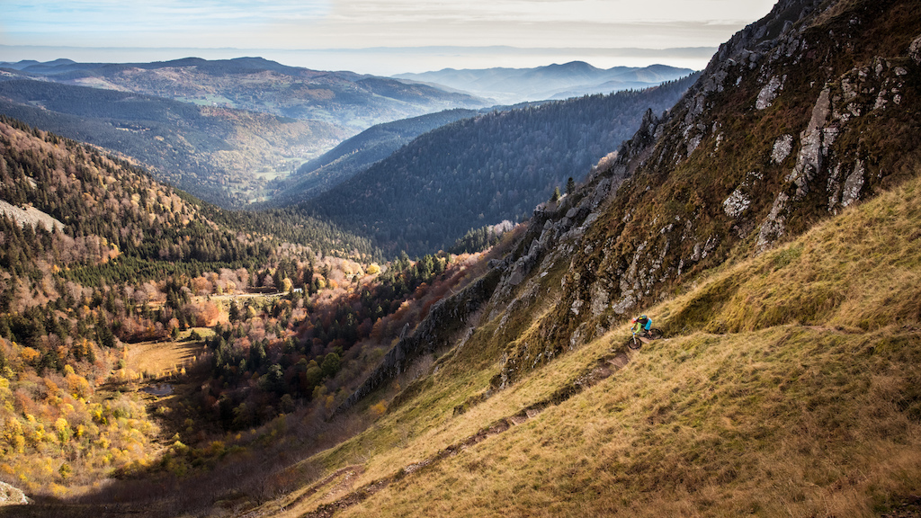 sunny & funny autumn ride in the Vosges  ©/ Foto: René S. | thrilledoflife