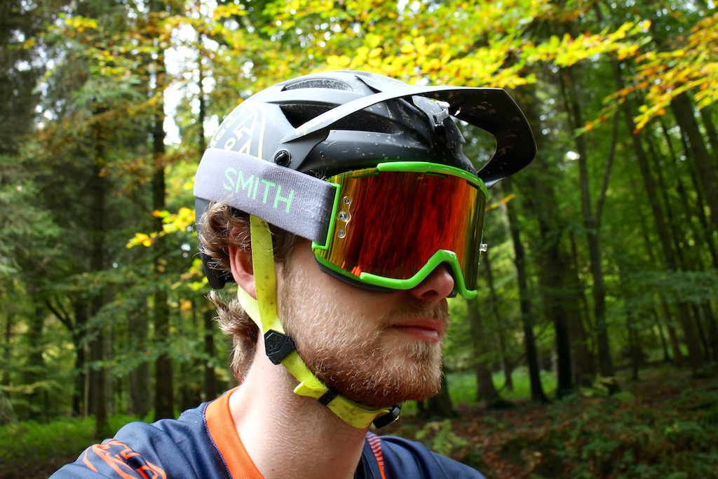 Review: SCOTT Hustle MX Goggles for MTB - Total Wome...