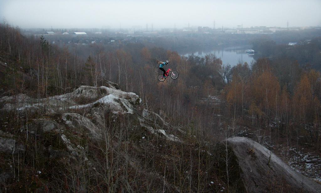 Rider - Mishanya Ogorodnik   Shot - Sergey Makarov http://www.pinkbike.com/u/ezhiwe/   spot -  Russia ( Voskresensk ) near Moscow  builder Benderoni and friends)