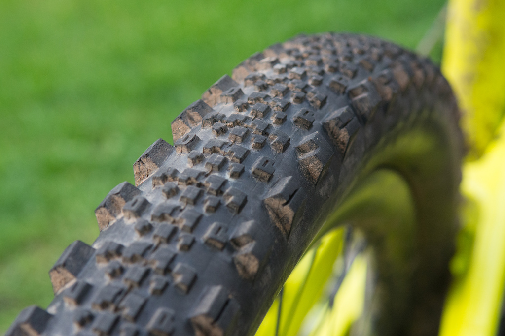 Razor Side By Side >> Maxxis Minion SS Tire - Review - Pinkbike