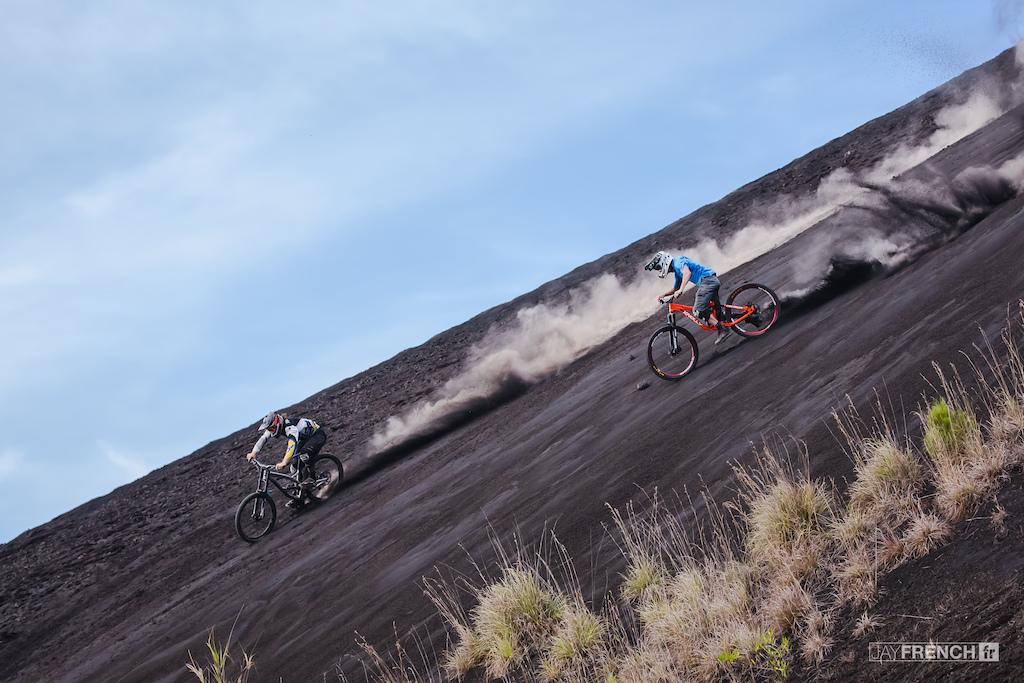 Wyn Masters and Mark Matthews freeriding in Bali.