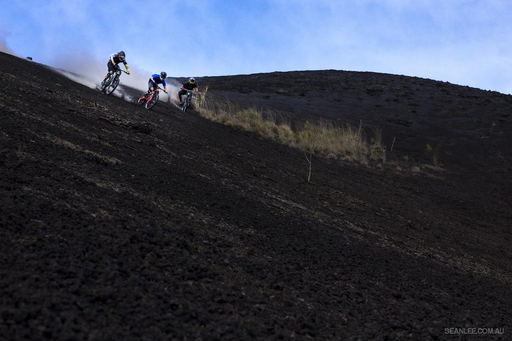 Nick Pescetto, Wyn Masters and Mark Matthews tearing downhill