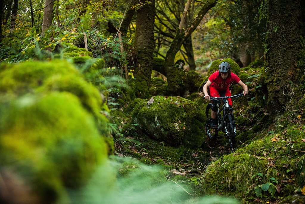 Tom Simpson takes the Edit for a spin