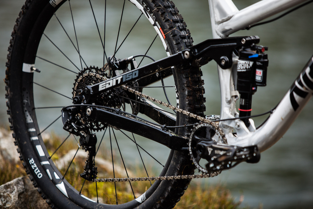 The Edit employs the tried & tested Horst Link suspension design