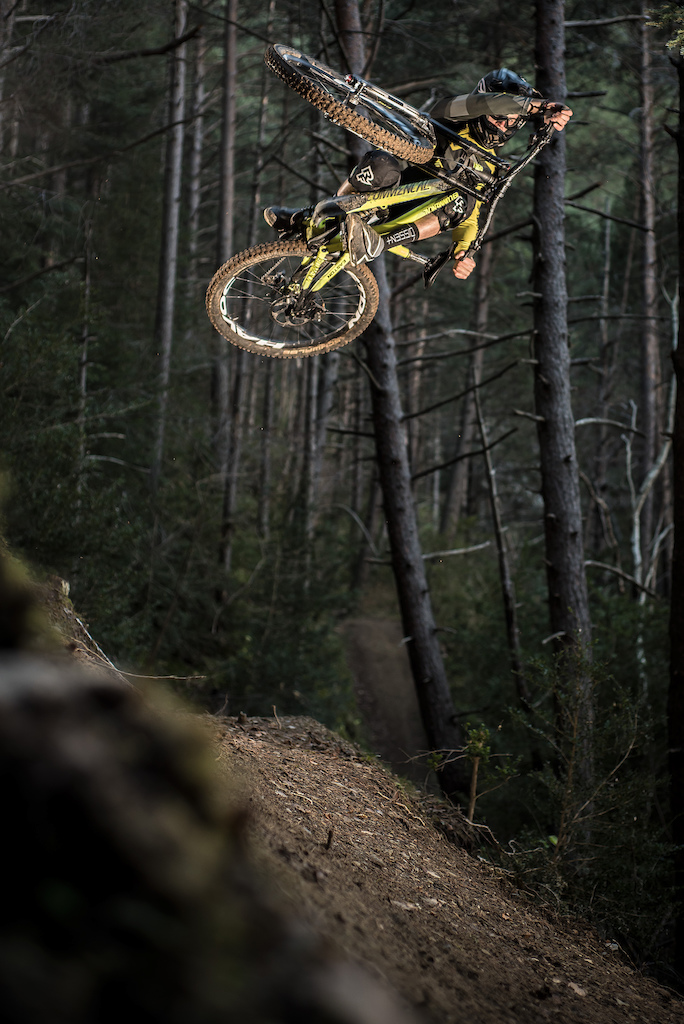 Cool session with COMMENCAL Staff