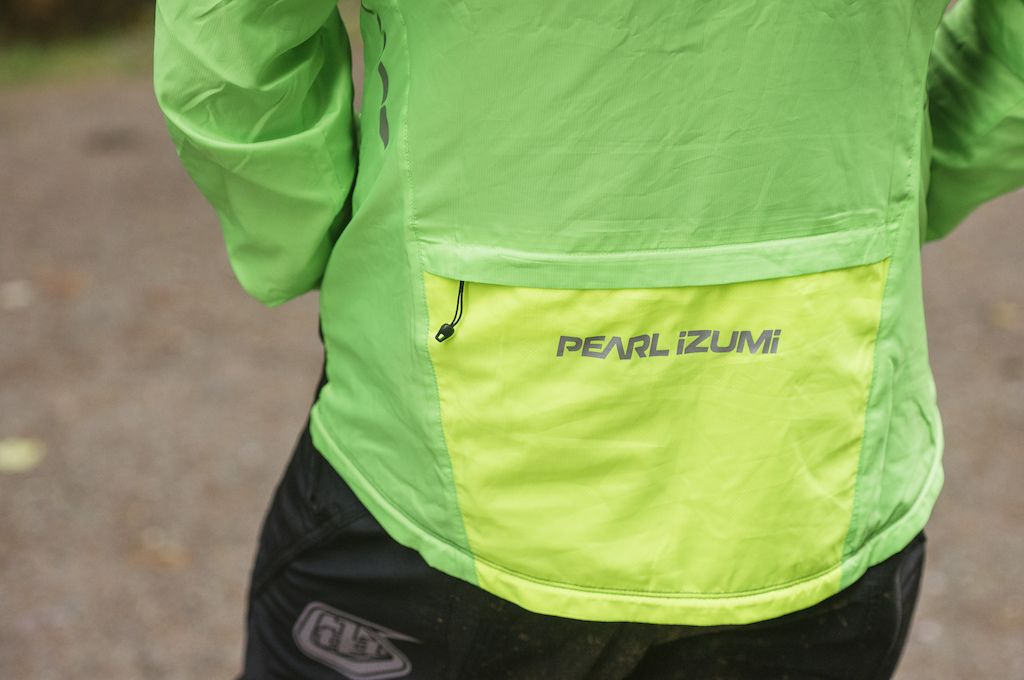 1ab7b3352 Pearl Izumi Elite Barrier Convertible Jacket - Review - Pinkbike