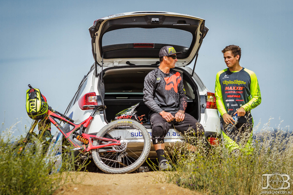 Willis talking shop with Kovarik in the hot seat, won't be long till Joel keeps that spot in the Subaru.
