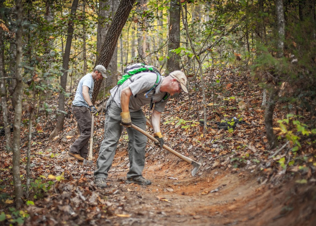 Wilkesboro Trail Fest morning work party. Photo Credit Collin Waldron