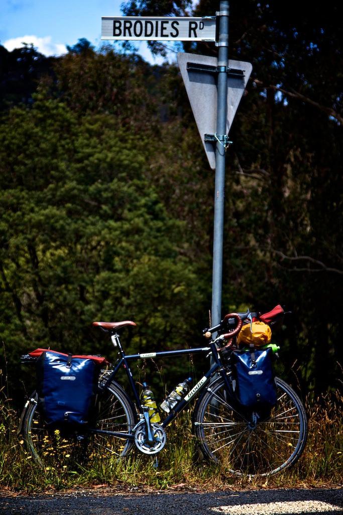 2010 Brodie Elan - Touring/Commute/Comfy Road Bike
