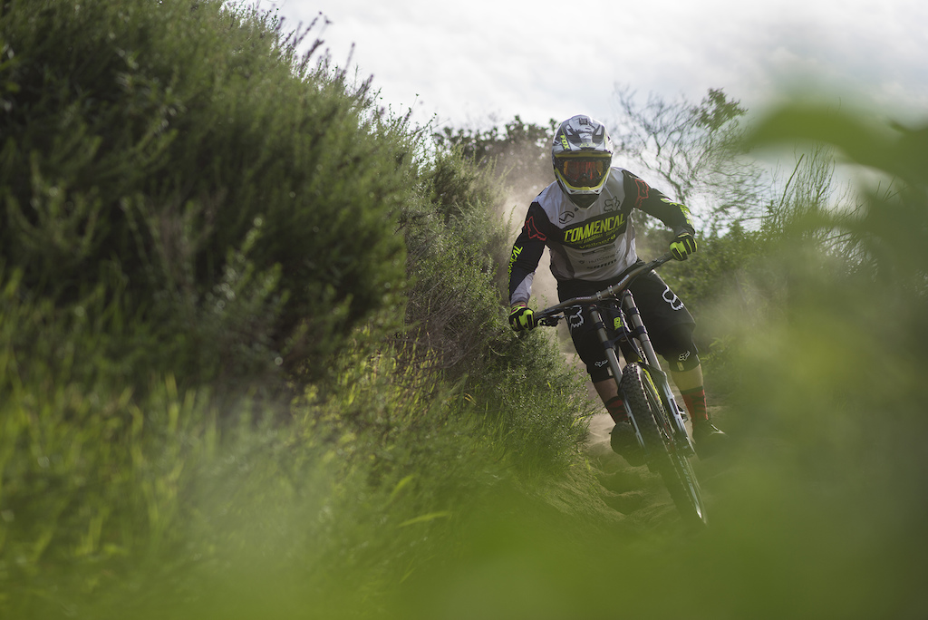 Pic by COMMENCAL