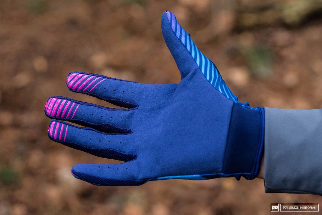 661 glove