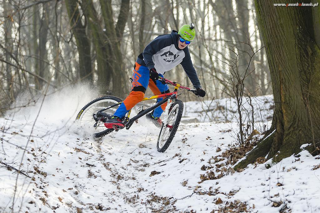 Snow skid! www.JacekSlonik.pl