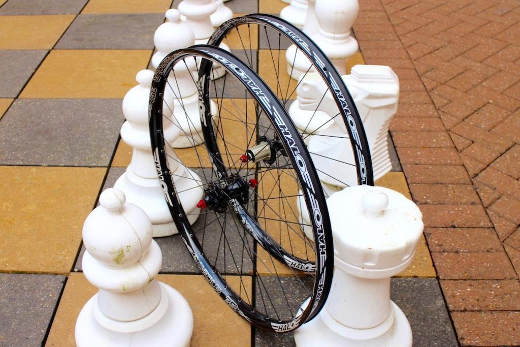 Halo Vapour 35mm wheels