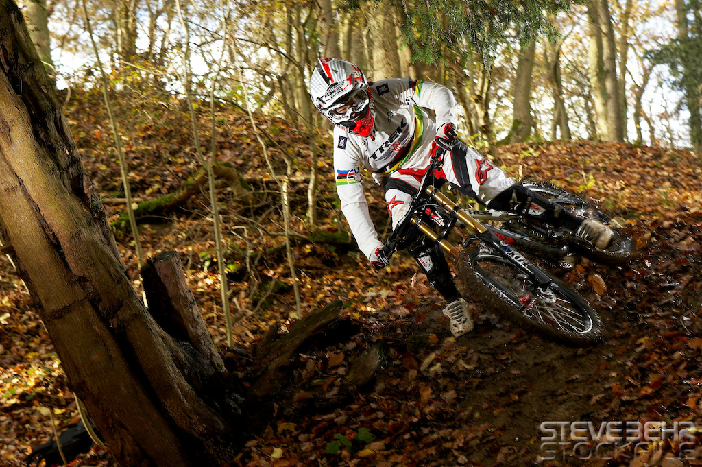 Tracy Moseley riding downhill on Trek Session DH bike. nr Malvern Worcestershire..November 2010 pic copyright Steve Behr stockfile