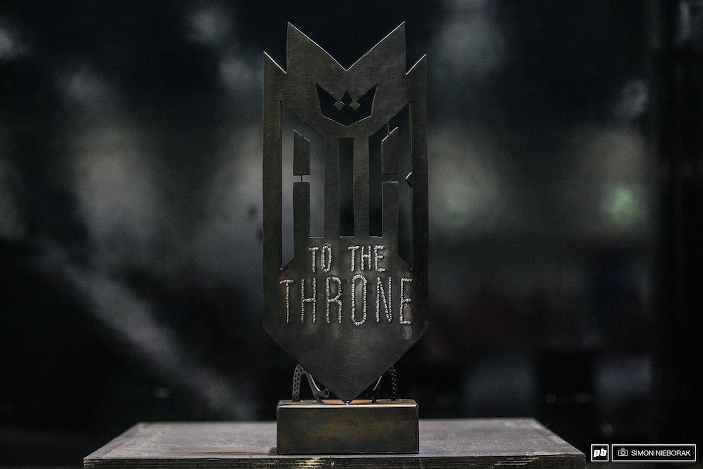 Air To The Throne 2016