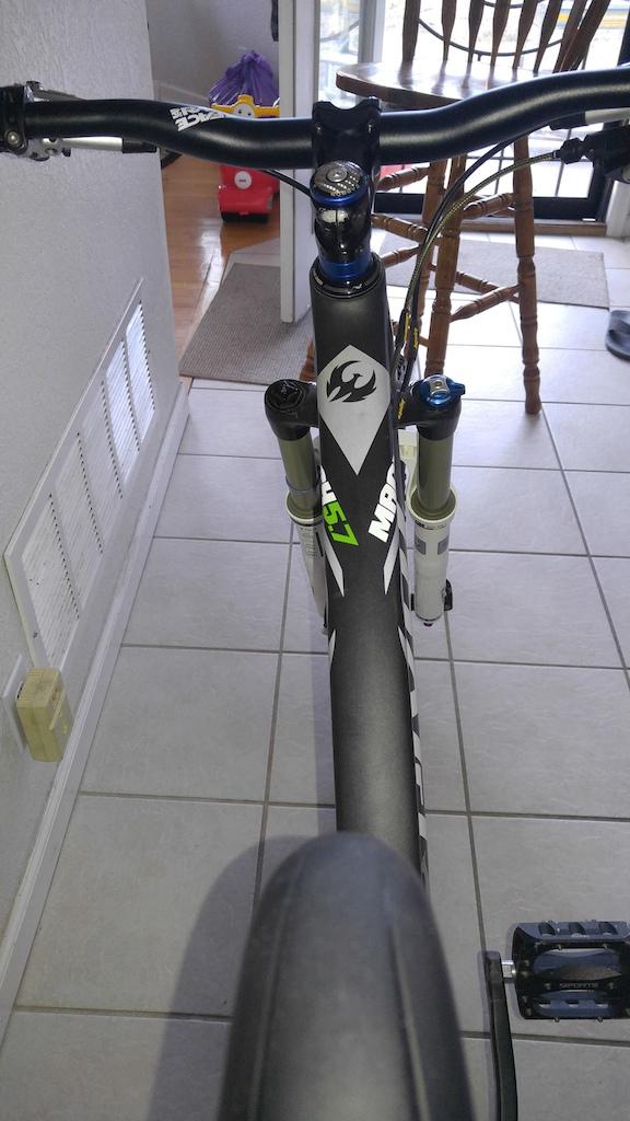 2013 Pivot Mach 5.7 carbon 26er